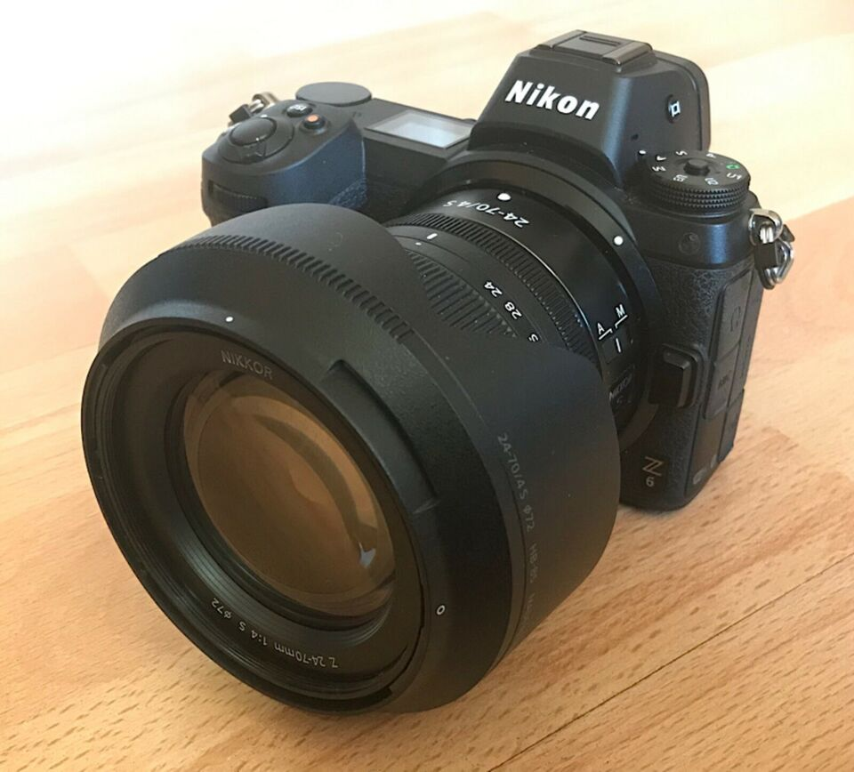 Nikon Z6 as good as new complete package